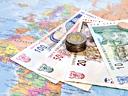 Kde koupit levně valuty na dovolenou?